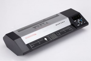 LAMINATOR (HEAVY USE) MODEL NO:SOUL 230C(A4) SOUL 330C(A3) SOUL 460(A2) PRICE:PLEASE ENQUIRE SPECS: 4 ROLLER + ISINGLASS HOT TUBE BUBBLE FREE GUARANTEE REVERSE & ADJUSTABLE TEMPERATURE LAMINATE UP TO 200MIC X2 DIMENSION (650mm x 111mm x 212mm/7.5KG) NOTE: PLEASE NOTE THAT IMAGE SHOWN ARE FOR ILLUSTRATION PURPOSE ONLY. ***PRICES ARE SUBJECT TO CHANGE WITHOUT PRIOR NOTICE***